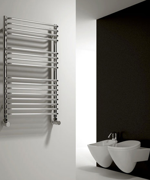 Alternate image of Reina Isaro Chrome 300 x 800mm Designer Vertical Radiator