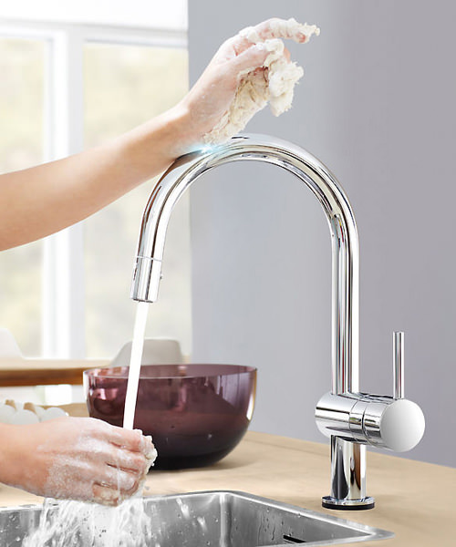 Additional image of Grohe Minta Sink Mixer Tap With Extractable Mousseur