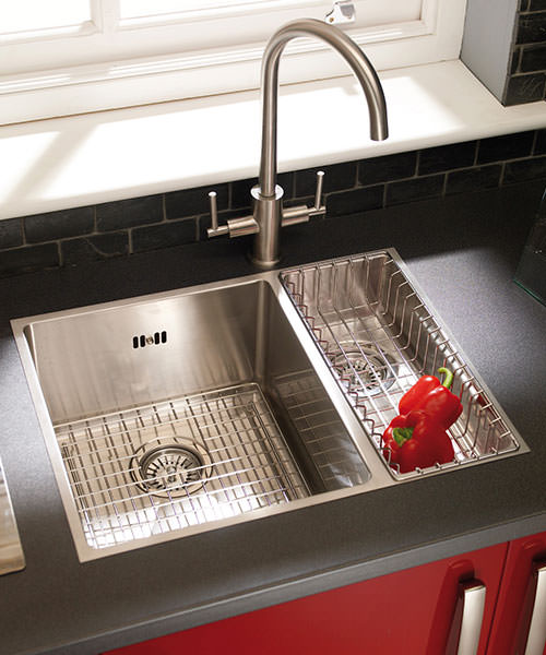 Additional image of Astracast Onyx 4053 Brushed Stainless Steel Flush Inset Sink - 1.5 Bowl