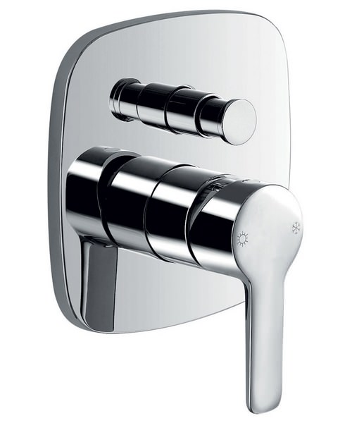 Alternate image of Flova Urban Manual Valve With Diverter And Dual Function Shower Head
