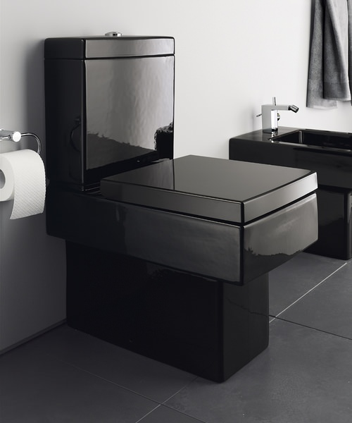 duravit vero black finish 370 x 630mm close coupled toilet. Black Bedroom Furniture Sets. Home Design Ideas