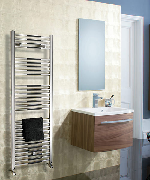 Additional image of Bauhaus Stream 500 x 1110mm Curved Panel Towel Rail