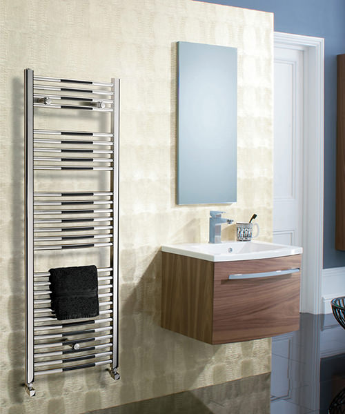 Additional image of Bauhaus Stream 600 x 1110mm Curved Panel Towel Rail