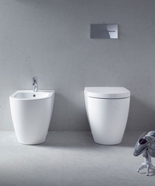 duravit me by starck floor standing back to wall toilet 2169090000. Black Bedroom Furniture Sets. Home Design Ideas