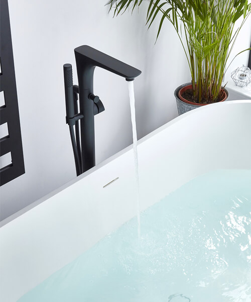 Frontline Aquaflow Italia Vibe Black Freestanding Bath Shower Mixer Tap