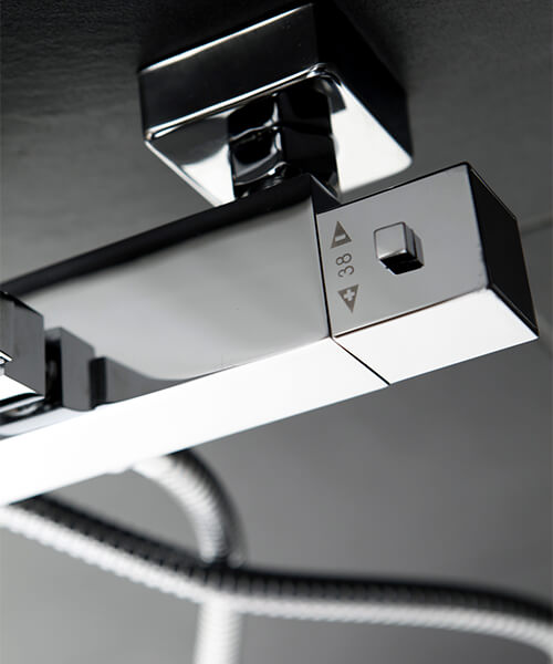 Additional image of Frontline Aquaflow Ural Thermostatic Shower Column
