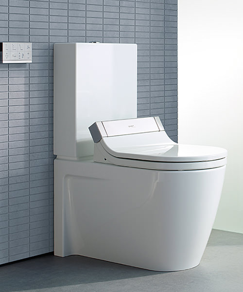duravit starck 3 close coupled toilet with cistern and. Black Bedroom Furniture Sets. Home Design Ideas