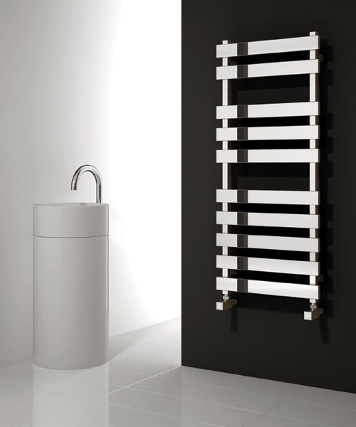 Reina Kreon Polished Stainless Steel 500 x 780mm Designer Radiator